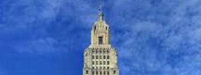 Front-facing image of Louisiana Capitol Building